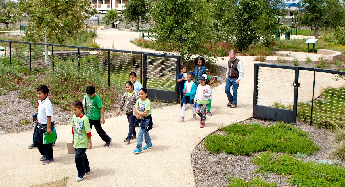 Campton Creek Natural Park at Washington Elementary