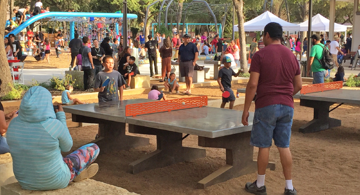 Yanaguana Garden Ping Pong Table